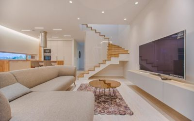Schody mieszkanie oświetlenie 400x250