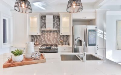 Lampa stojąca w kuchni? 5 nietypowych pomysłów, które odmienią wnętrze kuchenne
